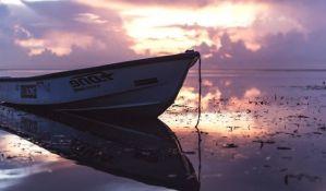Indonezija: Potonuo trajekt sa 80 putnika, jedna osoba poginula