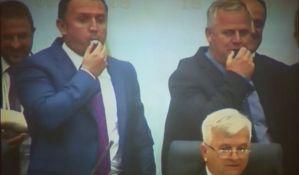 Opozicija izbačena iz Skupštine Republike Srpske