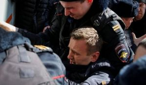 VIDEO: Ruski opozicionar Navalni priveden tokom protesta protiv korupcije