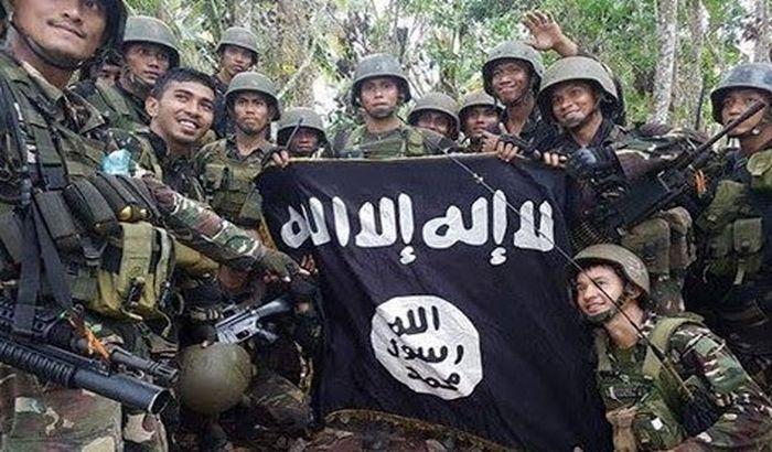 Ekstremisti u Bangladešu ubili četvoro, ranili 40 ljudi