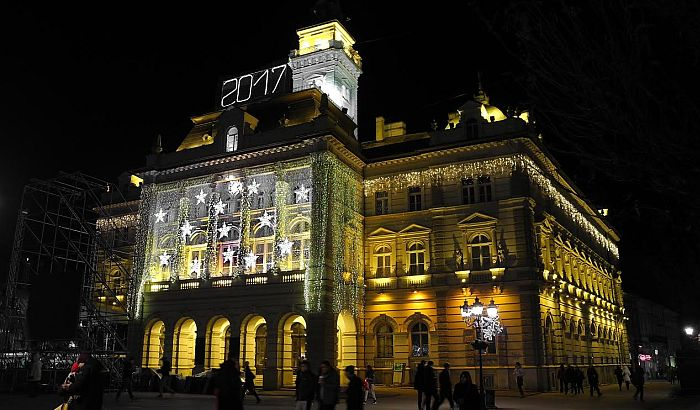 Doček na trgu: Koncert Zdravka Čolića počinje u 23 sata