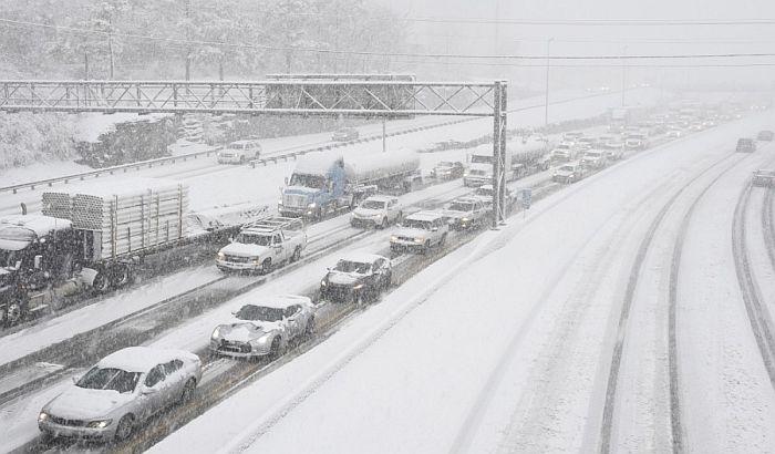 Mećava blokirala 500 automobila u Bugarskoj, u toku evakuacija