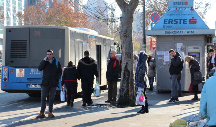 Vučić: Sramota da Beograd ima niže cene prevoza od Novog Sada