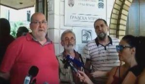 Protest zbog podele novca za javno informisanje u Vranju: Sredstva partijskim medijima