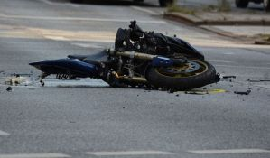 Srpska Crnja: Poginuo motociklista