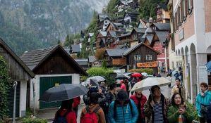 Crkva angažuje izbacivače zbog nekulturnih turista