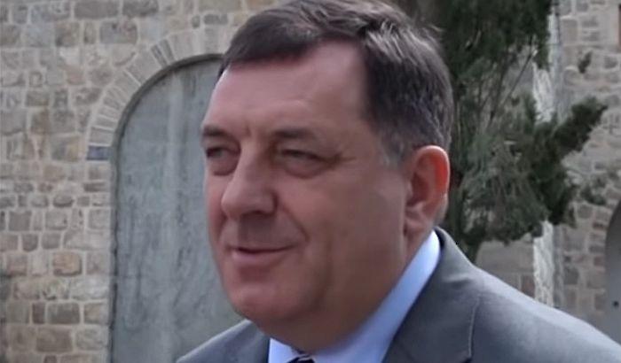 SAD uvele sankcije Dodiku?