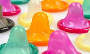 Na Kubi vlada subvencioniše kupovinu kondoma, građani ih koriste za sve i svašta