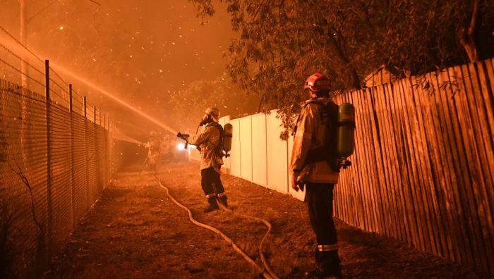 VIDEO: Više stotina vatrogasca gasi požar kod Sidneja