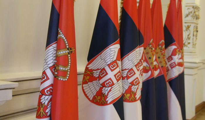 Vladajuća većina podnela 380 amandmana na predlog zakona u Skupštini Srbije, opozicija negoduje