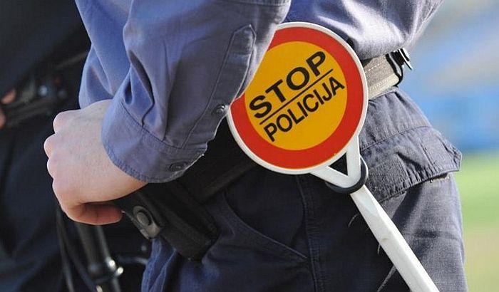 Prilikom hapšenja napao policajce i bacio kesu sa kokainom