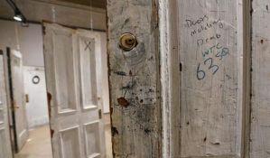 Vrata Dilanove sobe u hotelu