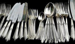 Hitlerov pribor za jelo prodat na aukciji za više od 14.000 evra