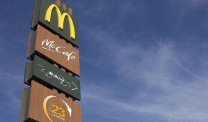 Mekdonalds izbacio čizburger i čokoladno mleko iz obroka za decu u SAD