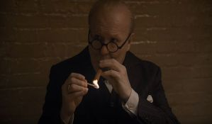 VIDEO: Geri Oldman se otrovao nikotinom tokom snimanja filma o Čerčilu