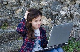 Internet filteri ne štite decu od štetnog sadržaja onlajn