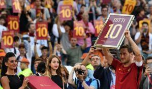 VIDEO: Odlazak Princa Rima - Toti postaje direktor Rome