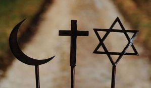 Nova studija: U svetu sve manje ateista