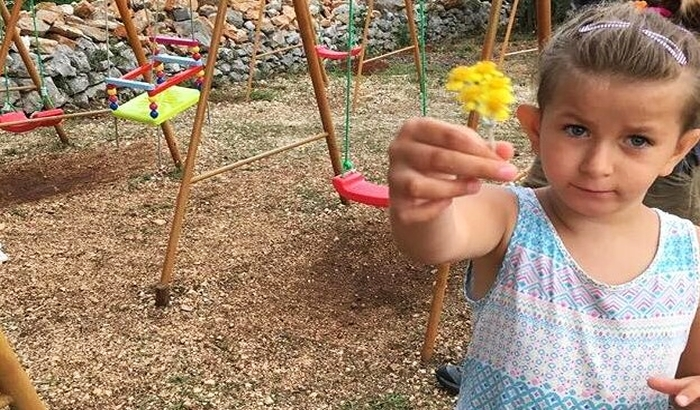Država je ne prepoznaje - šestogodišnja Dušica iz Novog Sada jedina je u Srbiji sa dijagnozom DDX3X