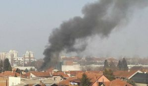 Dvoje teže povređeno u dva požara na Telepu