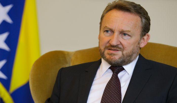 BiH obnavlja postupak protiv Srbije za genocid