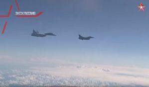 VIDEO: Bliski susret ruskog ministra odbrane i NATO aviona