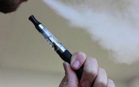 Zemlje u kojima zbog elektronske cigarete možete završiti u zatvoru