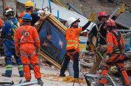 Povećava se broj mrtvih u zemljotresu u Meksiku, najmanje 318 poginulih