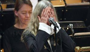 Peti Smit zaboravila tekst Dilanove pesme na banketu Nobelove nagrade