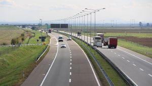 AMSS: Voziti oprezno zbog jake košave