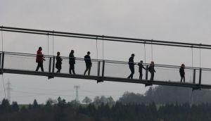 VIDEO: Otvoren najveći pešački viseći most