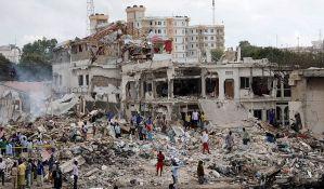 Kamion pun eksploziva razneo 20 zgrada, više od 350 mrtvih