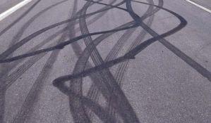 Dvoje poginulih u udesu na autoputu