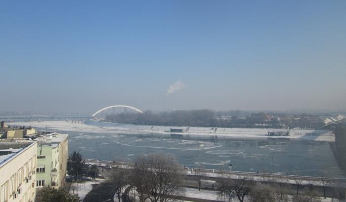 FOTO: Led iz daljske krivine stigao do Novog Sada