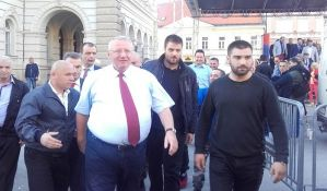 Evropska komisija: U demokratskim institucijama nema mesta za incidente kao sa Šešeljom
