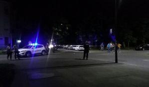 FOTO: Izrešetan audi u centru, dvojica ranjena