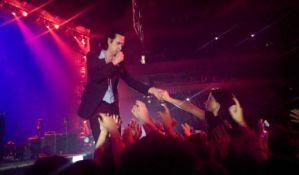 021 na koncertu Nika Kejva: Publika