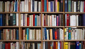 Radio 021 sakupio 1.100 knjiga za Gerontološki centar