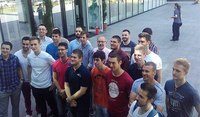 Mladi robotičari i pored loših uslova žele da ostanu u Srbiji