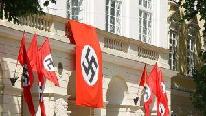 VIDEO: U Nemačkoj prvi put dozvoljena igrica sa kukastim krstovima i Hitlerom
