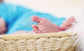 Kad bebe zapravo uče da izgovore svoju prvu reč?
