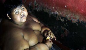 VIDEO: Ima 10 godina, 200 kilograma i stalno je gladan