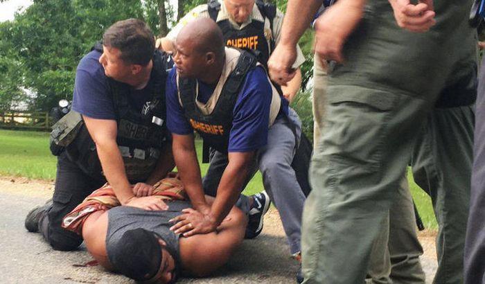 VIDEO: Najmanje osmoro mrtvih u pucnjavi u Misisipiju, među ubijenim i zamenik šerifa