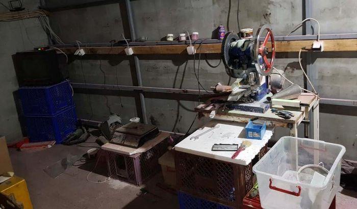 FOTO: Otkrivena laboratorija za proizvodnju ekstazija u Srbiji