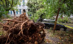 VIDEO: Osmoro mrtvih, 67 povređenih u oluji u Rumuniji