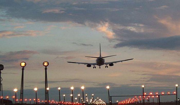 Pilot se onesvestio od alkohola u avionu