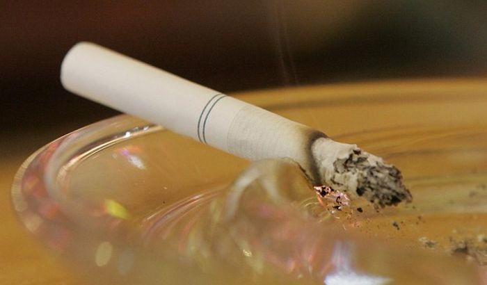 I jedna cigareta dnevno dovoljna za rizik od srčanog udara