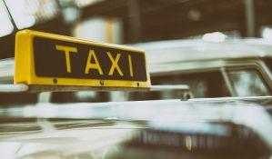 Više od 1.000 taksista protestuje u Beogradu
