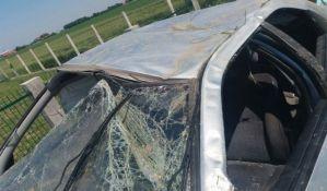 FOTO: Težak udes kod Sajlova, žena teže povređena