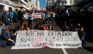 FOTO: Masovni protesti u Brazilu, sukobi građana sa policijom